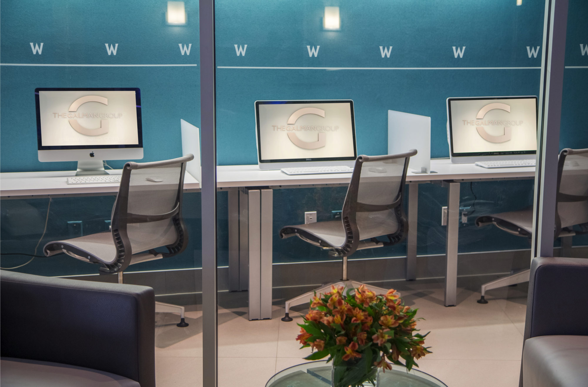 computer stations with high speed internet and wi-fi in the social room of the Whitney Apartments in Claymont De