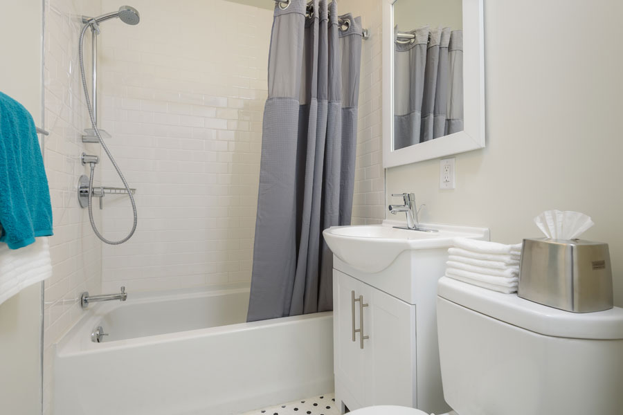Canterbury Apartments in Mt Airy example of a bathroom