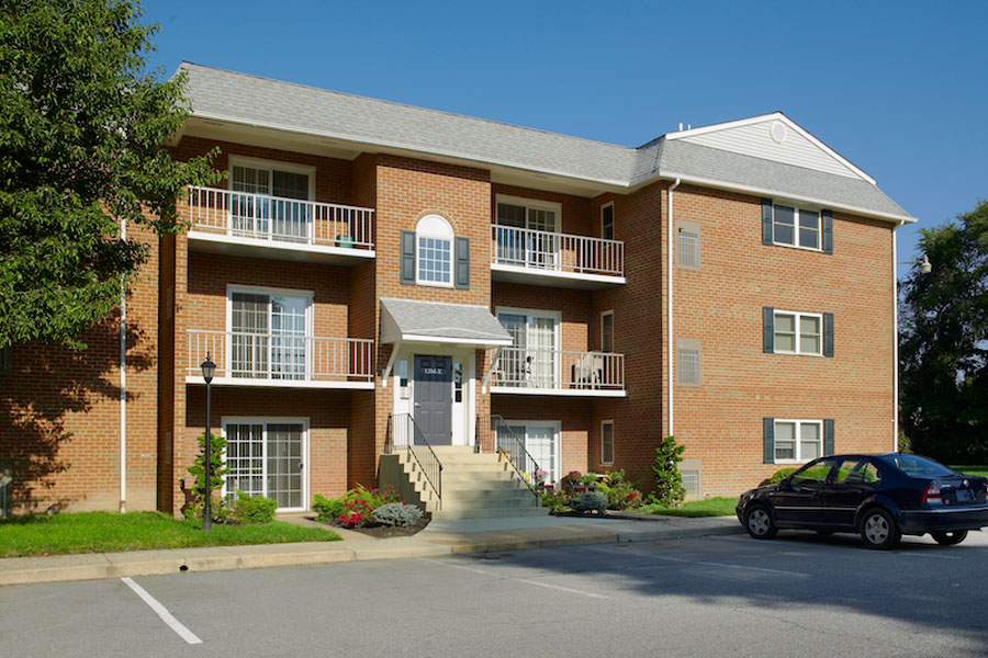 New castle de apartments castlebrook apartments the - Swimming pool discounters new castle pa ...