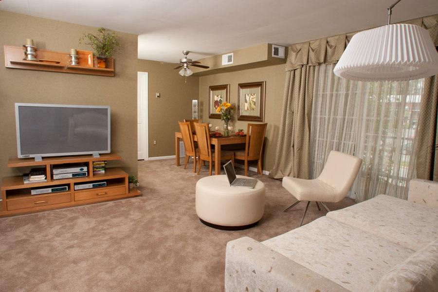 castlebrook-livingroom1