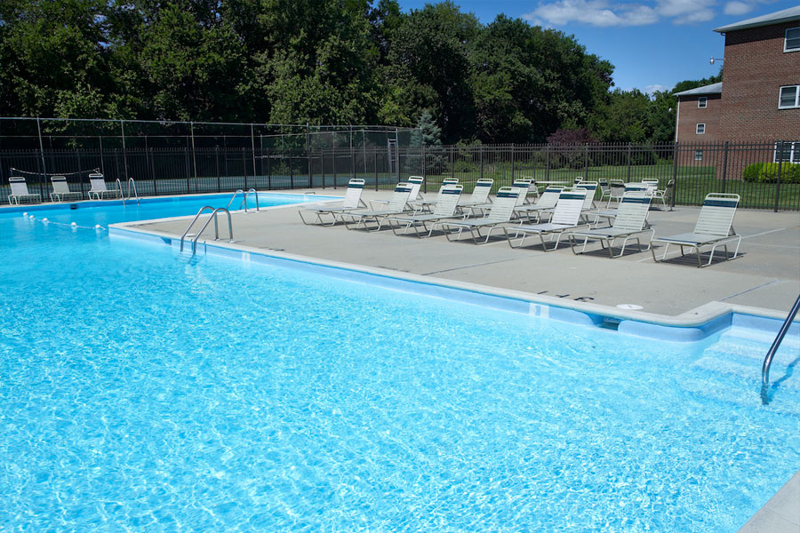 Castlebrook apartments for rent in new castle de - Swimming pool discounters new castle pa ...
