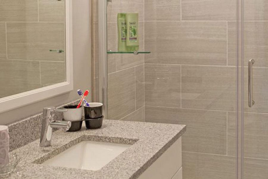 leverington-bathroom2