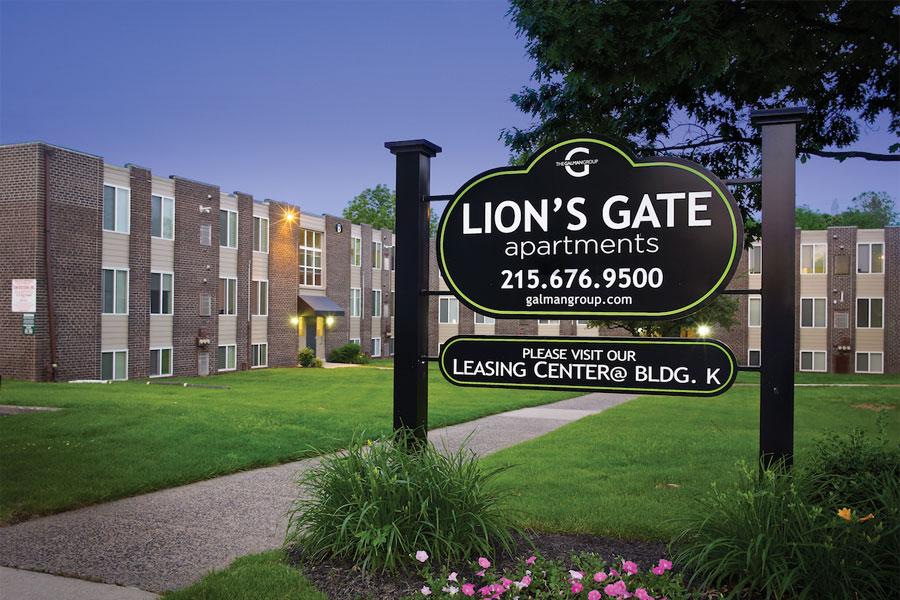 lions-exterior1
