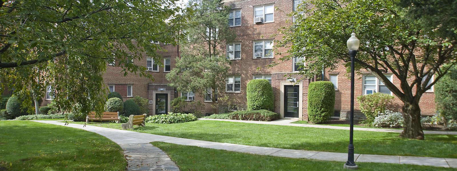 Montgomery Court Apartments