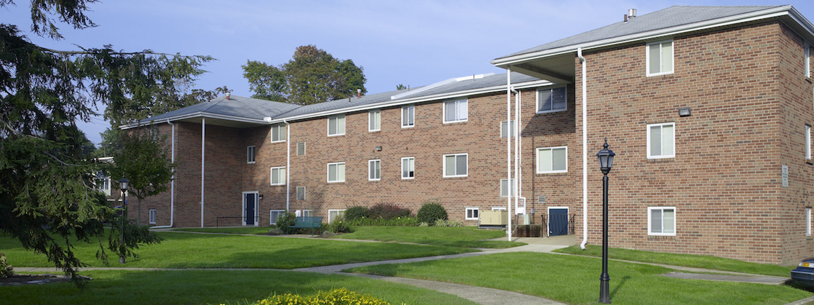 Northeast Philadelphia Apartments Pine Manor Apartments The Galman Group