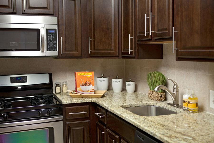 plaza-kitchen1