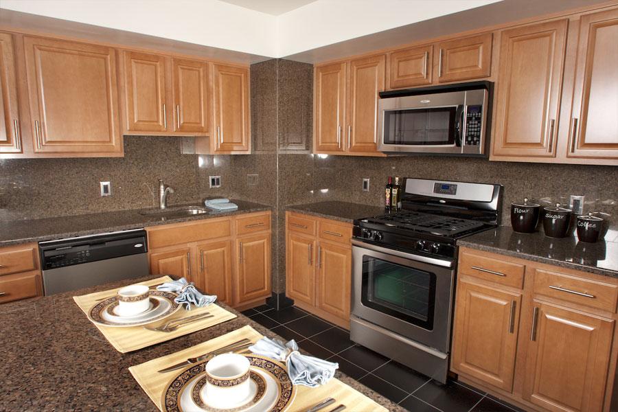 plaza-kitchen3