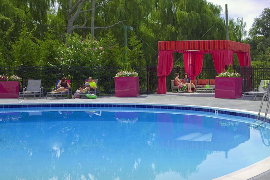 plaza-pool1