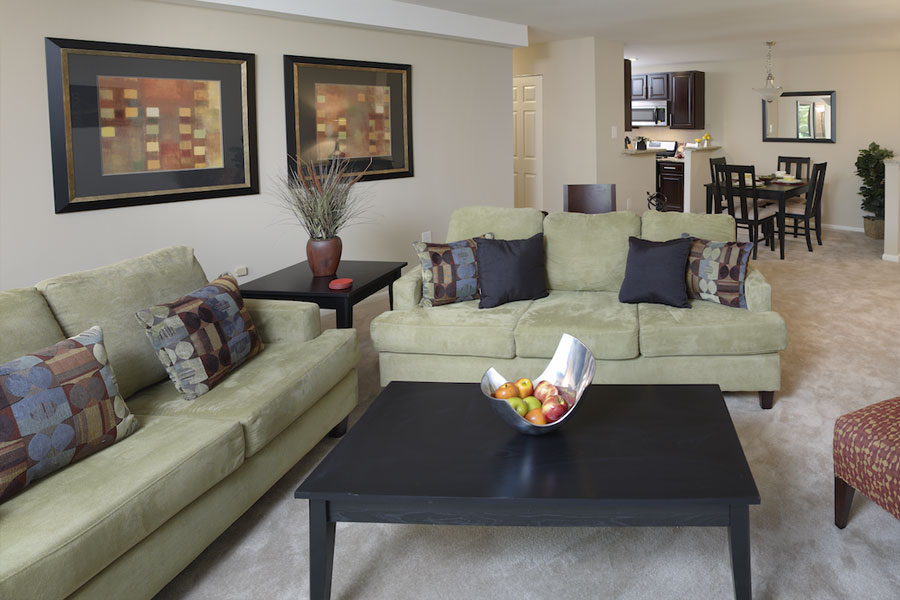 regency-livingroom1