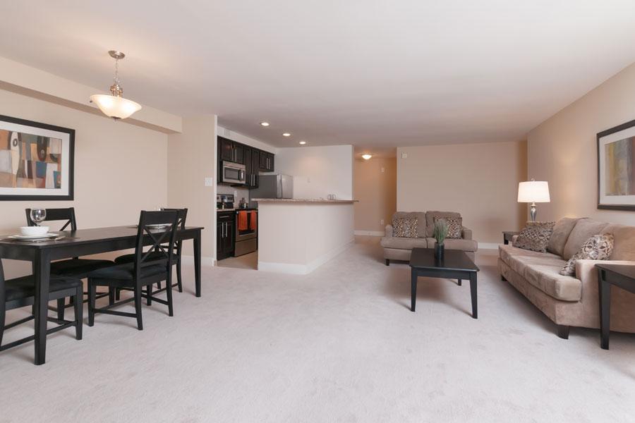 regency-livingroom2
