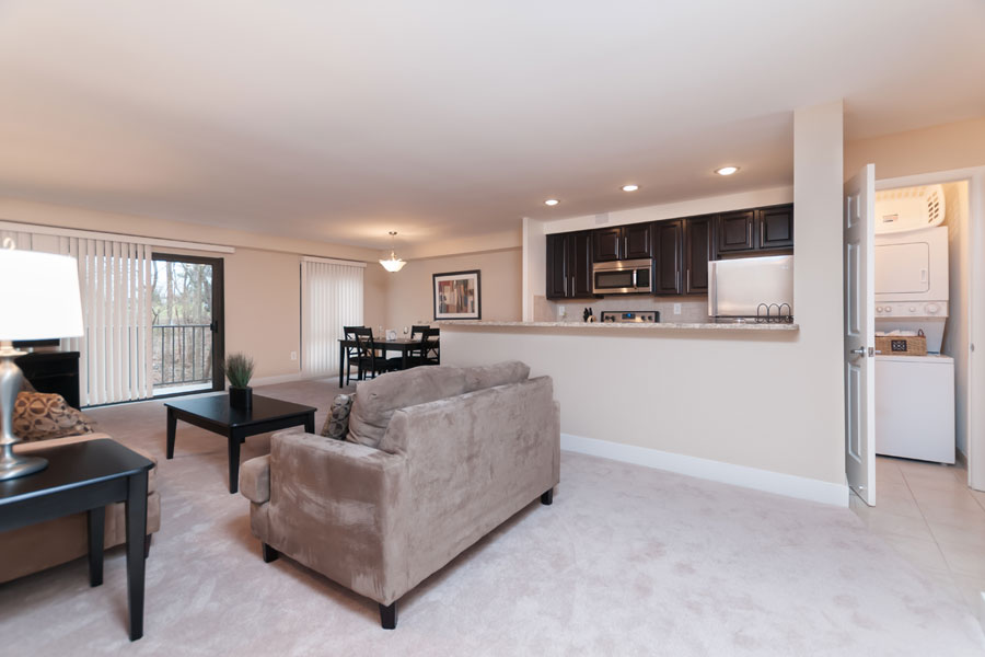 regency-livingroom3