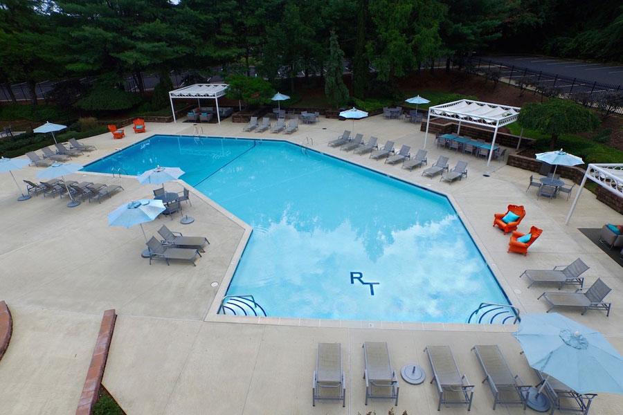 regency-pool1