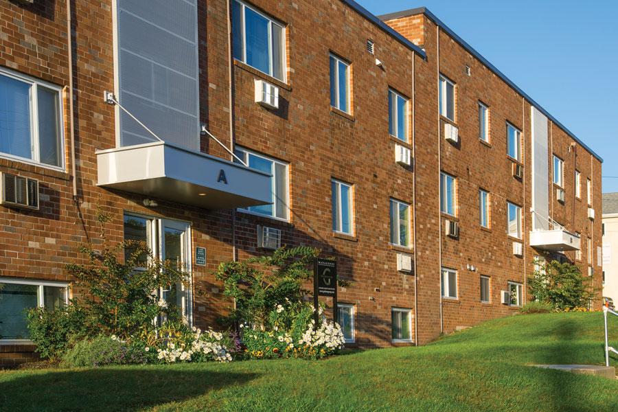 ridgecourt-exterior2