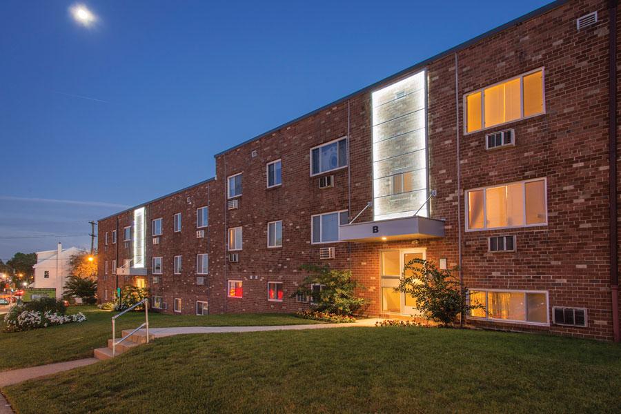 ridgecourt-exterior3