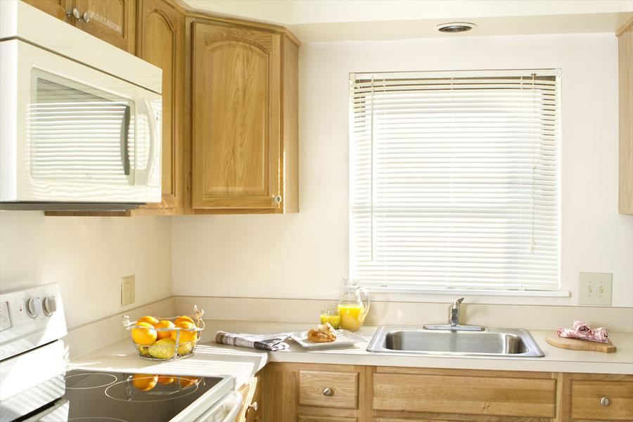 sprucecourt-kitchen1