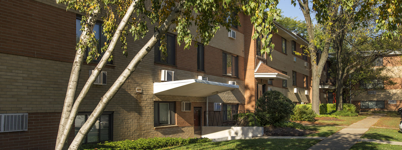 Stenton Plaza Apartments | Mt. Airy Apartments for Rent