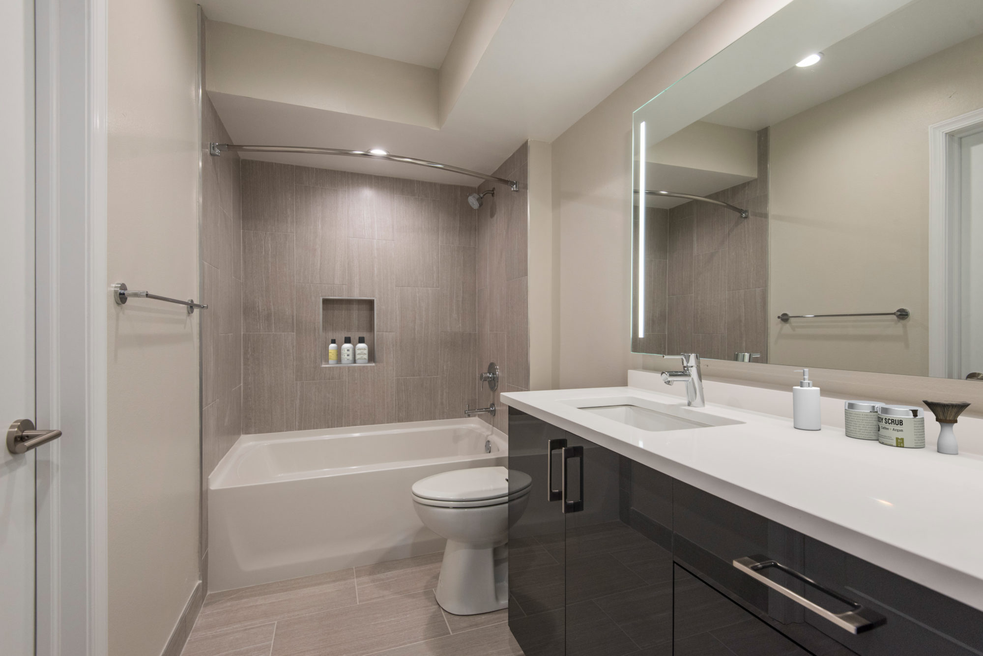 large apartment bathroom with double vanity