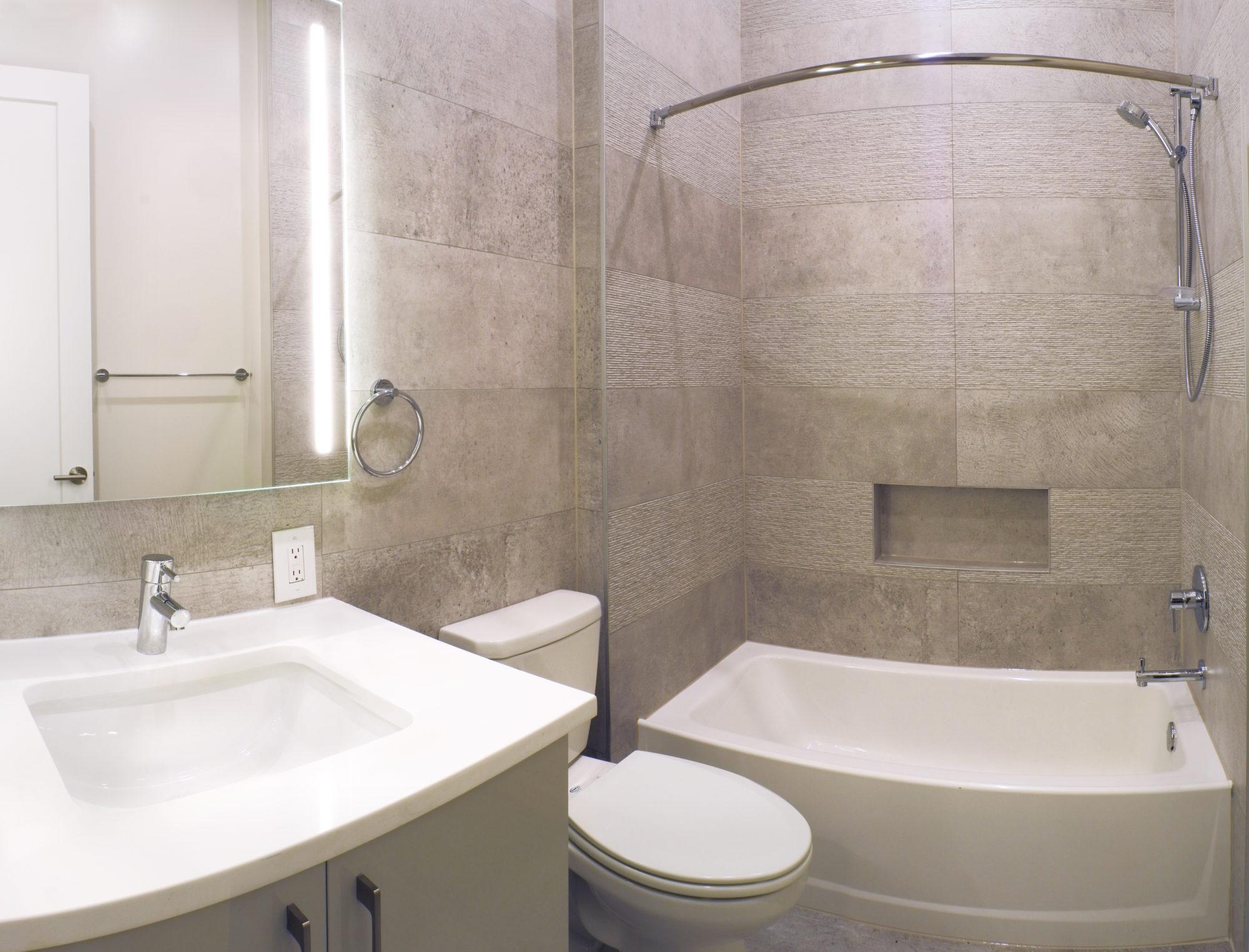 122-S-8th-Bathrm
