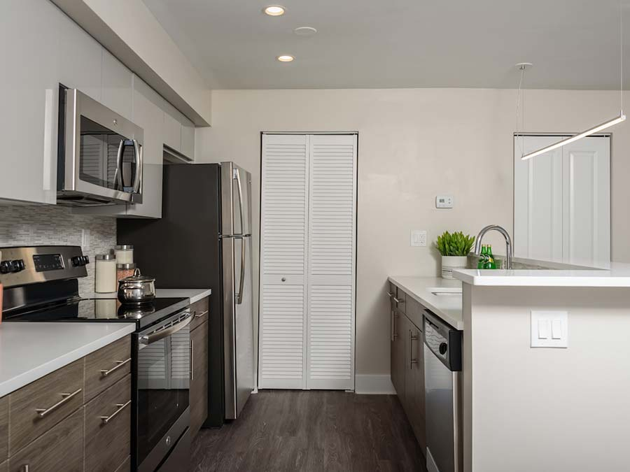Wondrous Buckingham Place Townhome Apartments Rentals In Newark De Home Interior And Landscaping Transignezvosmurscom