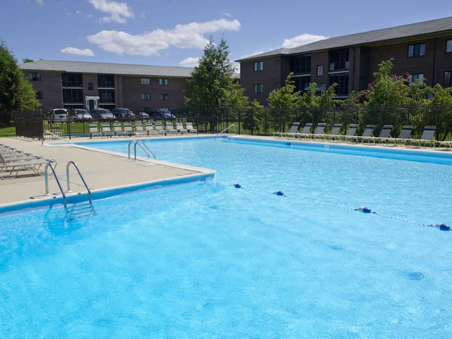 Castlebrook Apartments L-shaped swimming pool in New Castle DE