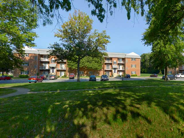 Castlebrook Apartments