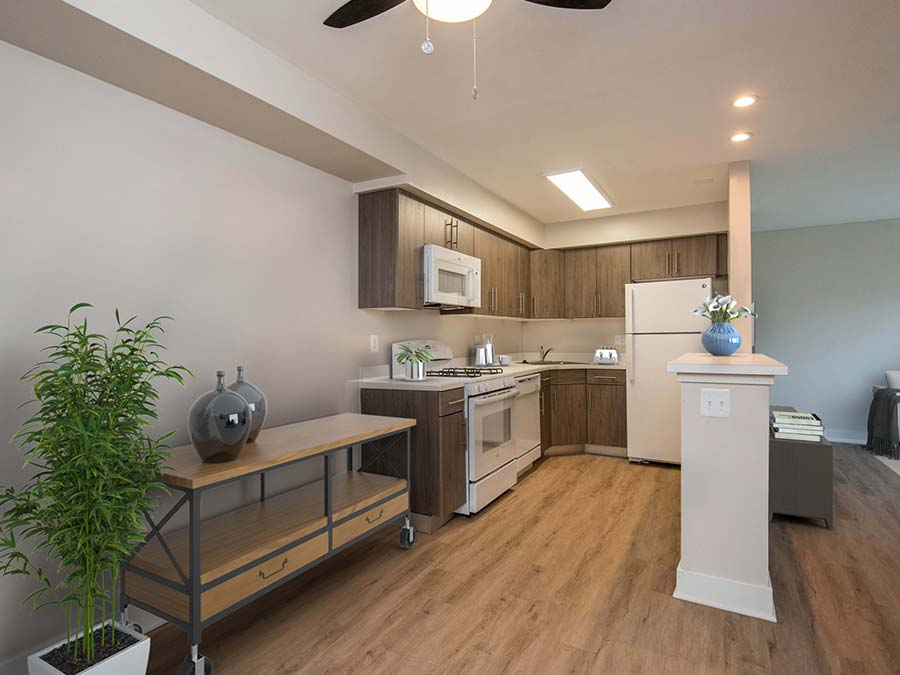 kitchen and dining area at apartments in Newark DE