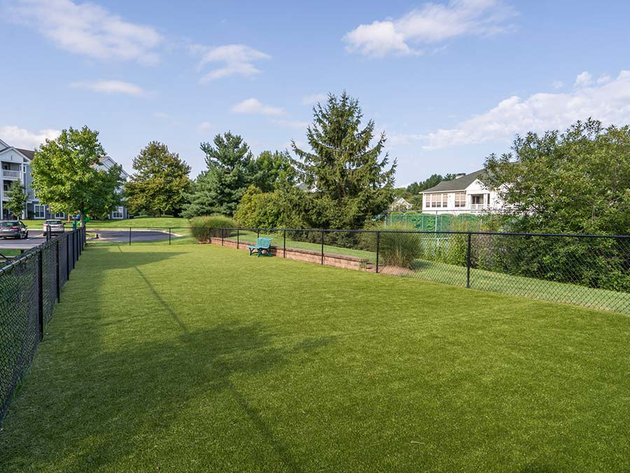 open green spaces in Yardley PA apartment complex Edge of Yardley