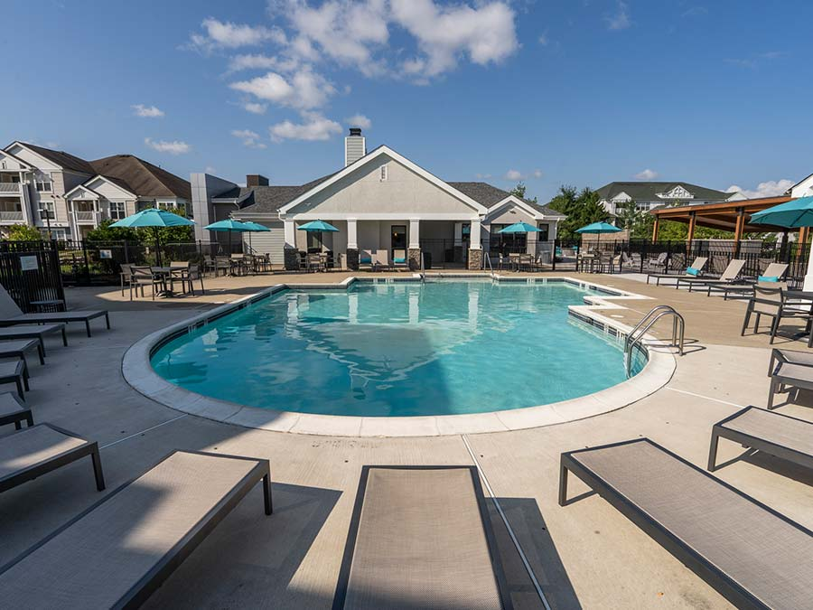 apartment swimming pool and sundeck in Yardley PA apartment complex Edge of Yardley