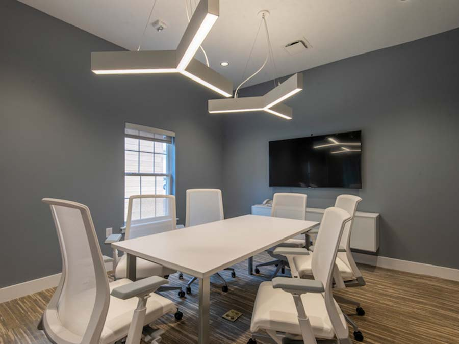 meeting room available to residents of Reading PA apartments
