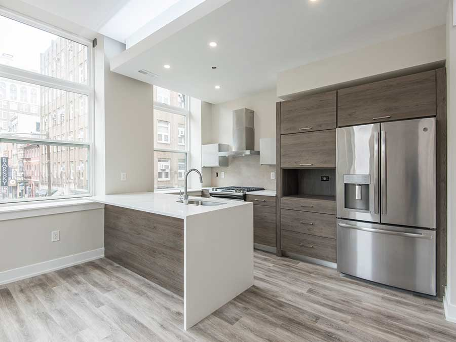 Jeweler's Row Apartments kitchen with stainless steel appliances