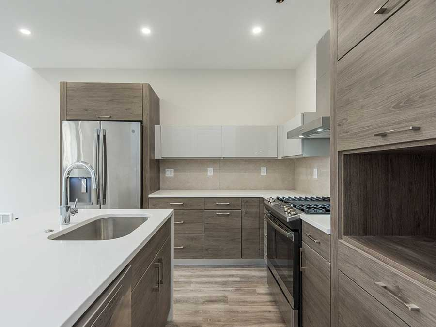 Jeweler's Row Apartments upgraded kitchens with stainless steel appliances