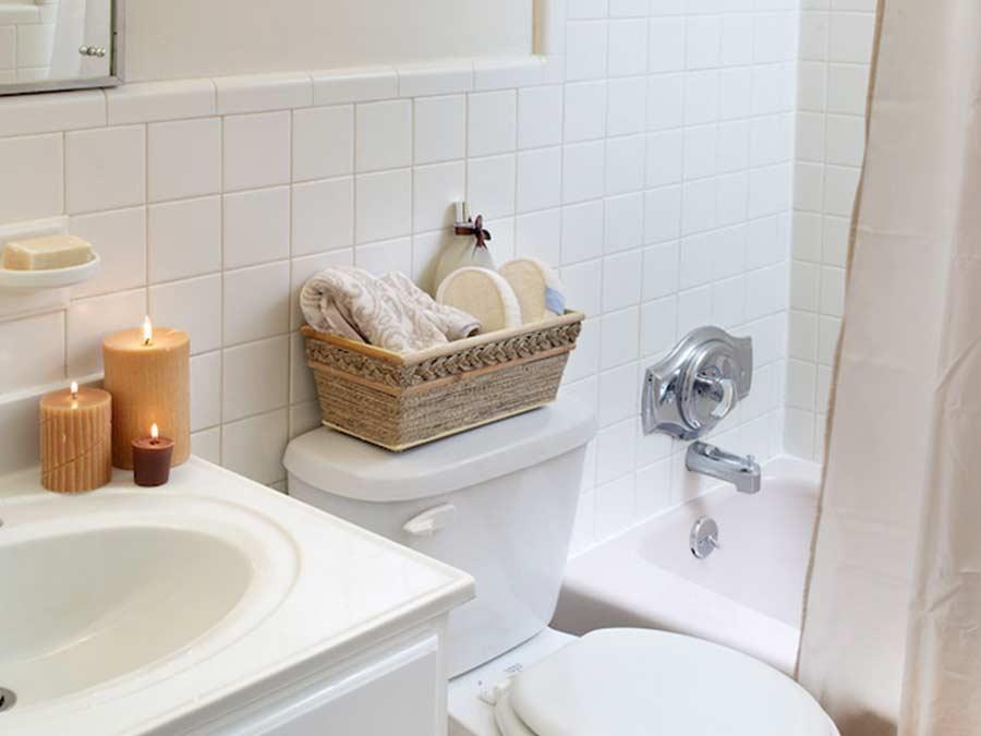 Longford Apartments bathroom