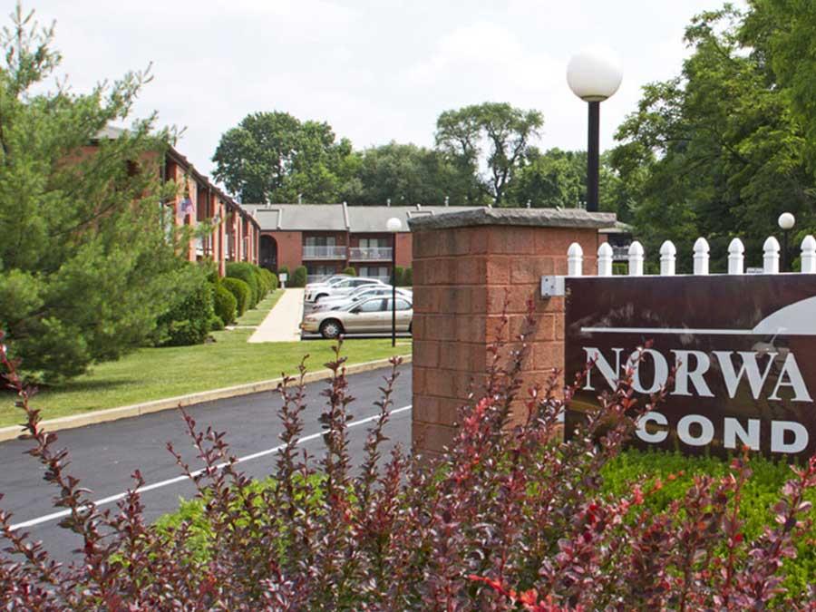 Norwalk Square Condominiums exterior sign
