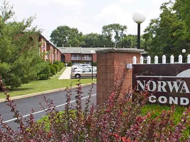 Norwalk Square