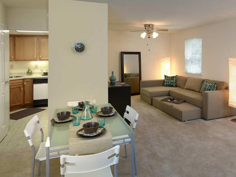 Pottsgrove Townhomes living room