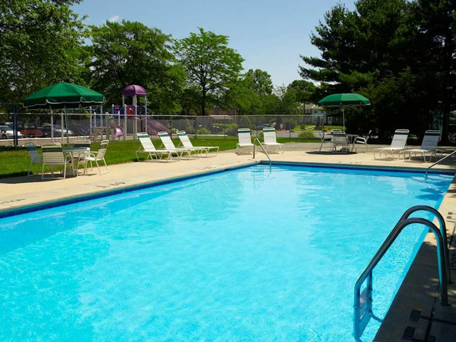 Pottsgrove Townhomes pool