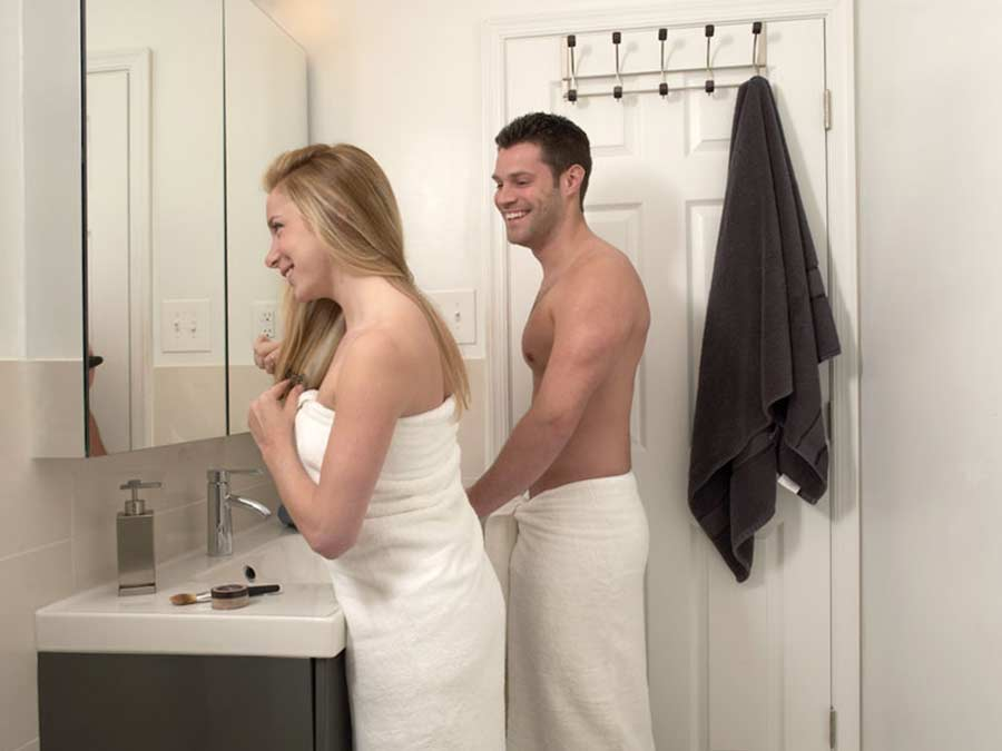 Ridgeview Apartments couple getting ready in the bathroom