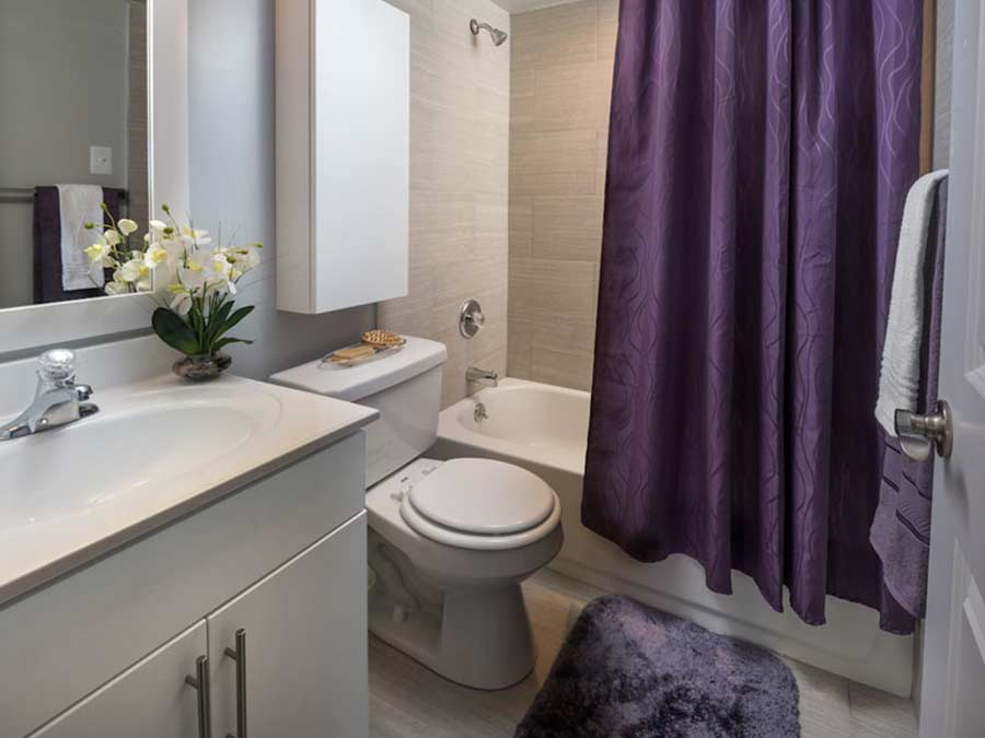 New Castle DE apartment bathroom upgrades