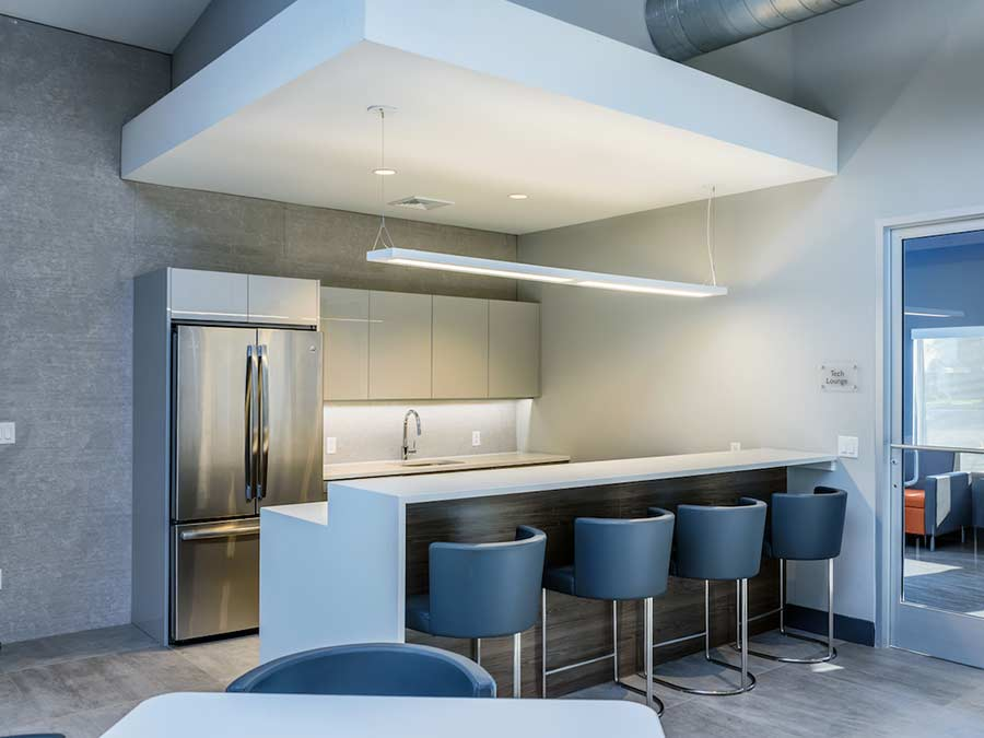 Modern and sleek kitchen in nuetral tones at Sophias Place East apartments in New Castle DE