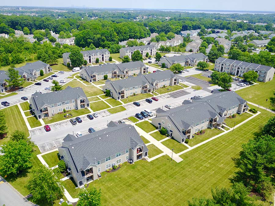 Bird's-eye view of several apartment homes in New Castle DE at Sophias Place East