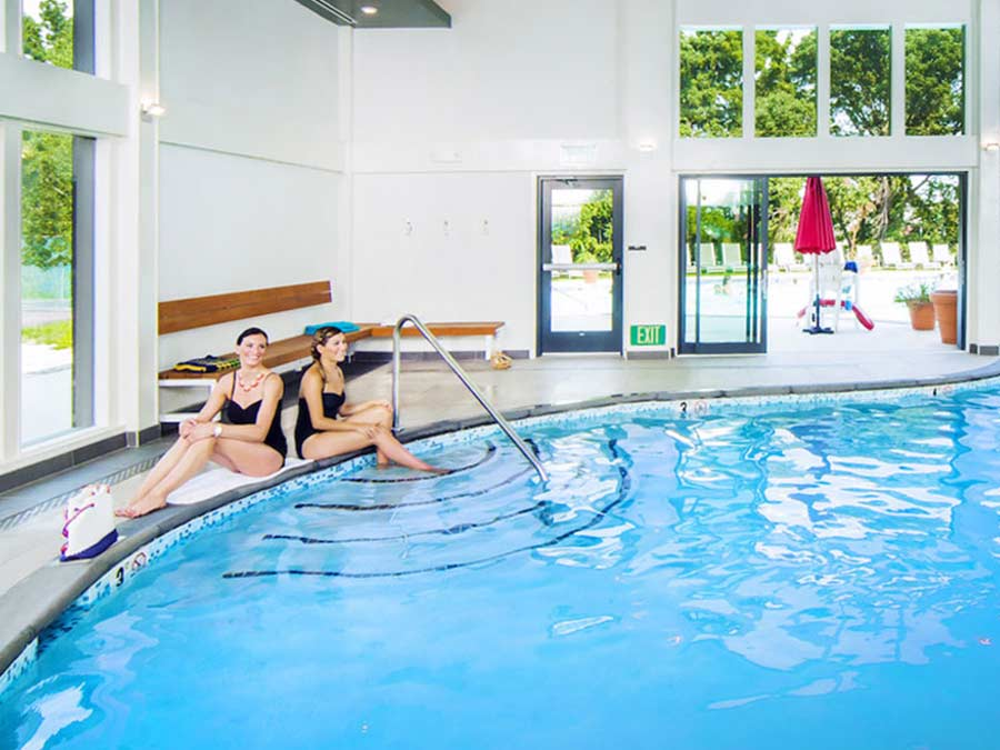 King of Prussia apartment complex Valley Forge Towers' on-site swimming pool