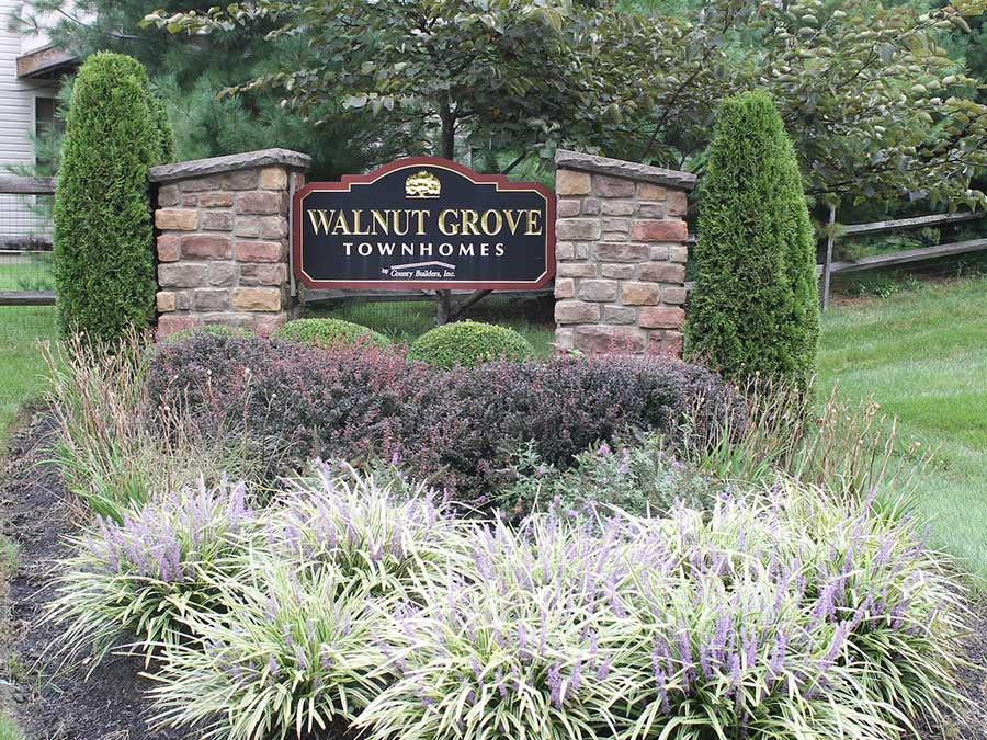 Walnut Grove Townhomes exterior sign