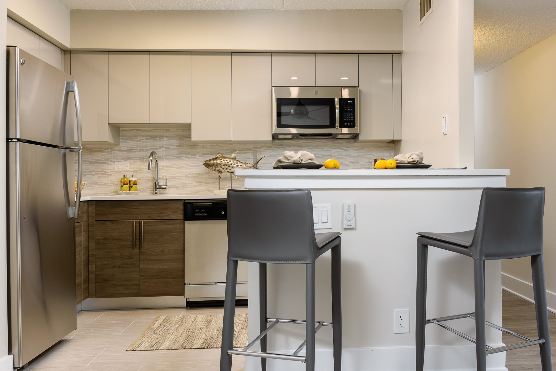 kitchen in a King of Prussia apartment at Valley Forge Towers