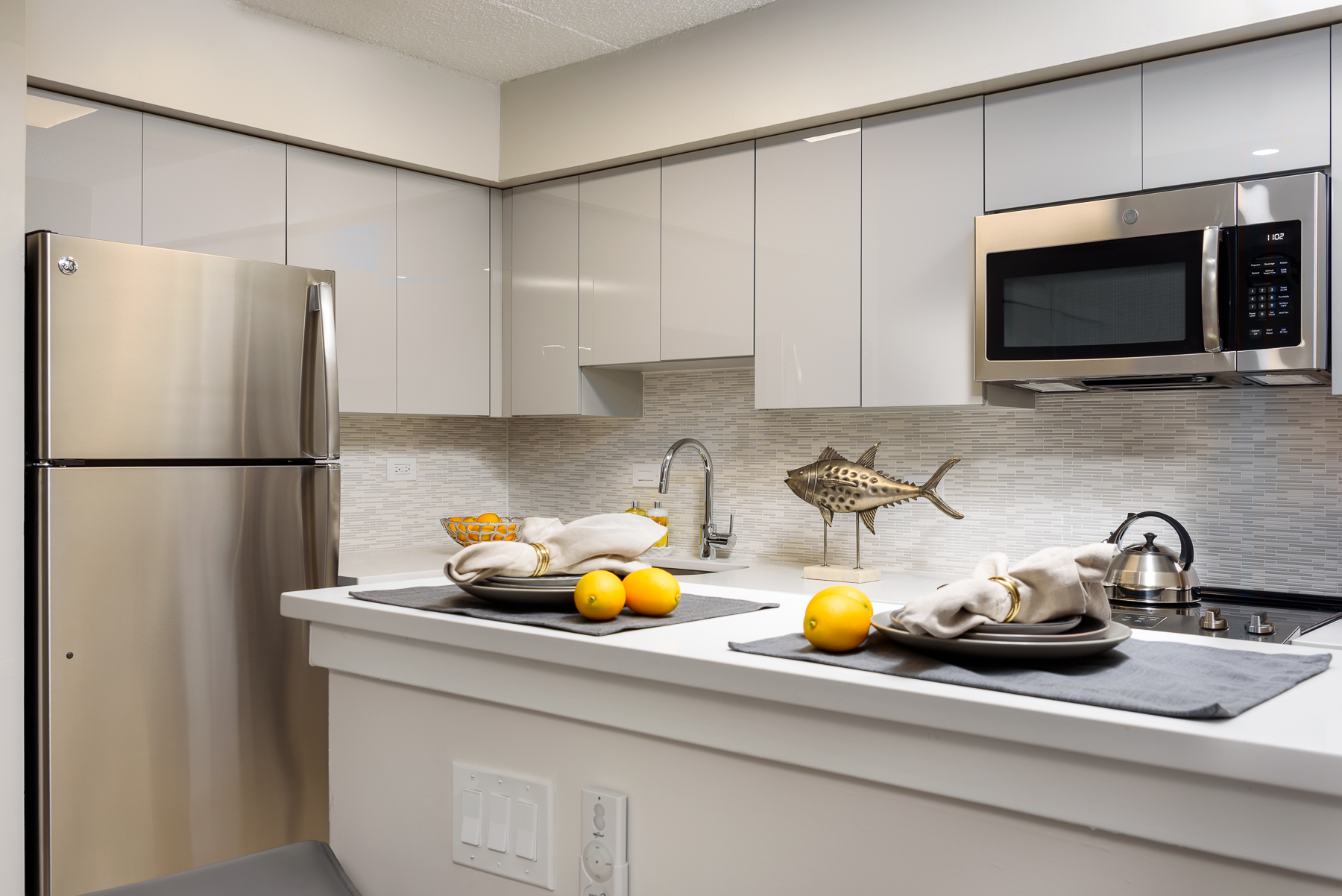 kitchen in an apartment for rent in King of Prussia at Valley Forge Towers