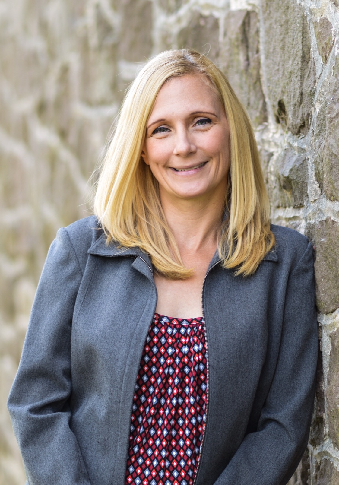 Stephanie Loscig
